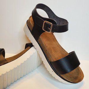 Not Rated Womens Orton Black platform Sandals